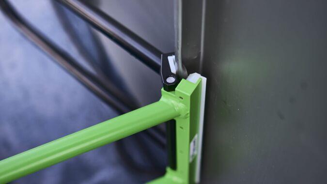 Winkeldoppelfalzer mit PVC-Backen